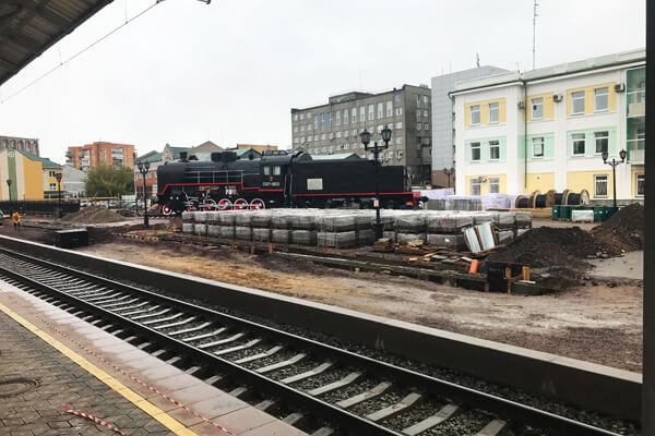 Фото. Строительный мусор на вокзале «Красноярск»