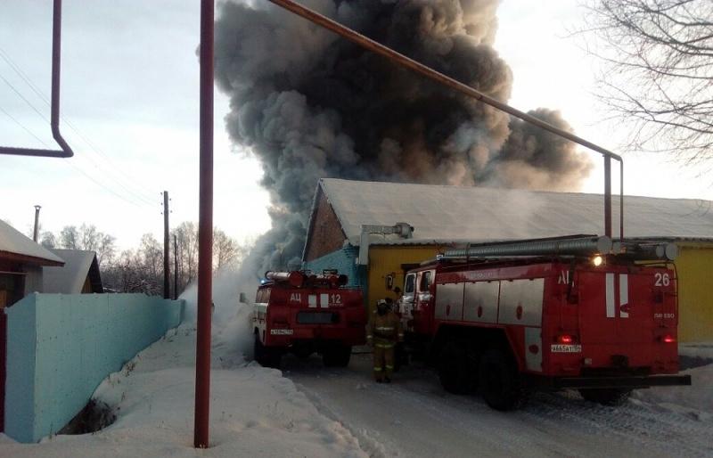 Фото. Одной из частых причин пожаров сотрудники МЧС называют неправильную эксплуатацию электроприборов.