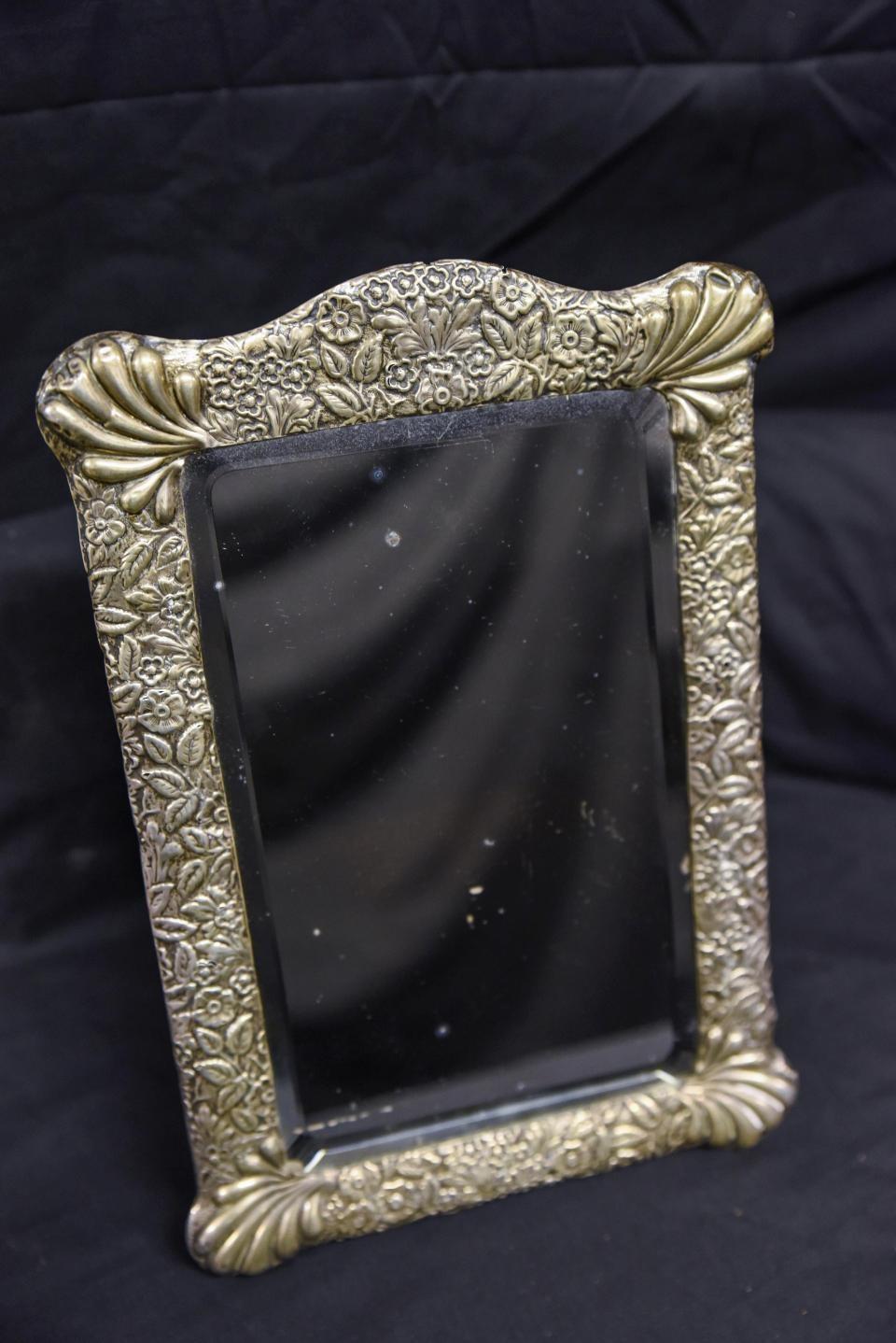 Фото. Начальная цена зеркала капитана Титаника – 10 тысяч долларов