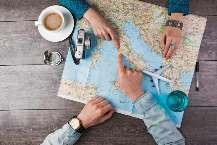 Фото. Британская семья предлагает любому желающему путешествовать с ними по миру в течение года