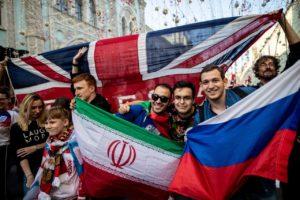 Фото. Гостеприимные россияне покорили иностранцев во время чемпионата