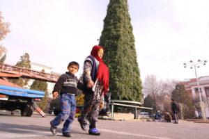 Фото. Два года назад в Таджикистане возобновили традицию отмечать Новый год и Рождество