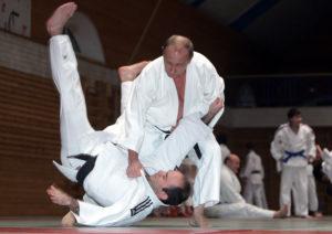 Фото. Путин занимается борьбой с 11 лет