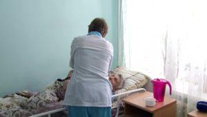 """Фото. После """"гостеприимства"""" приюта старики ощутили настоящую заботу в больничных стенах"""