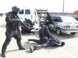 Фото. Задержание преступника спецназом