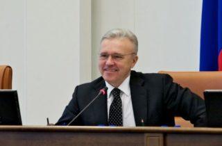 Фото. Губернатор красноярского края Александр Усс