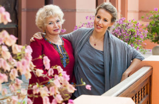 Фото. Ксения Собчак с мамой